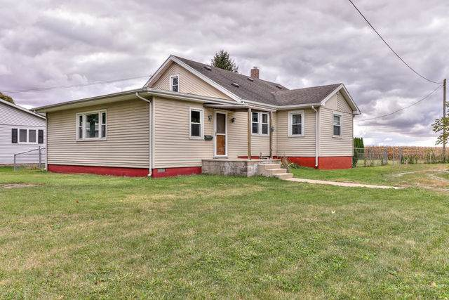 710 S Main Street, HOMER, IL 61849 (MLS #10891537) :: Helen Oliveri Real Estate