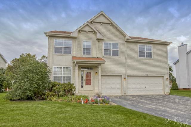 1992 S Jonathan Drive, Round Lake, IL 60073 (MLS #10891937) :: BN Homes Group