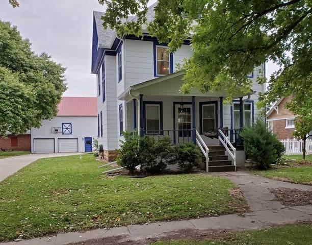 309 Lafayette Street, Prophetstown, IL 61277 (MLS #10891996) :: John Lyons Real Estate