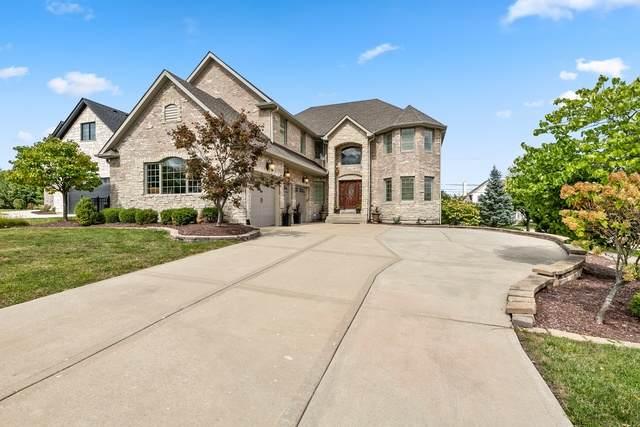 24 Bracken Court, Lombard, IL 60148 (MLS #10893725) :: Helen Oliveri Real Estate