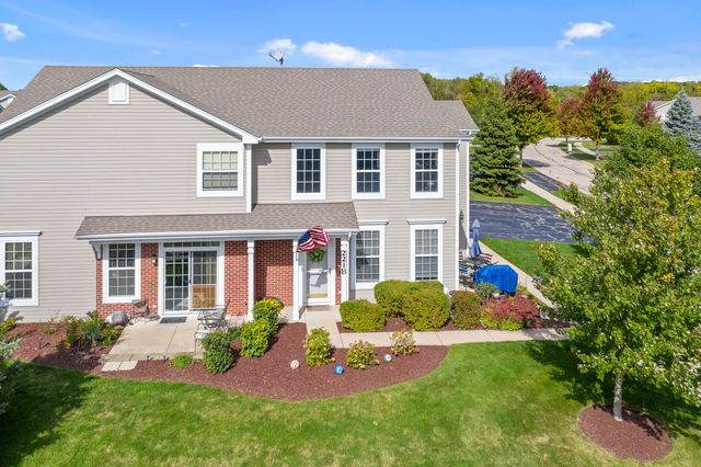 221 Belle Vue Lane B, Sugar Grove, IL 60554 (MLS #10894621) :: John Lyons Real Estate