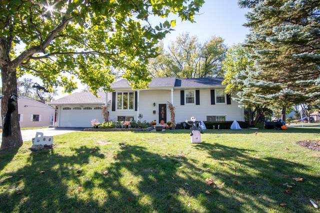 3427 Ashley Drive, Glenview, IL 60025 (MLS #10895941) :: Lewke Partners