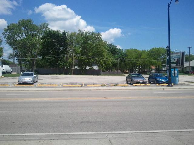 1800 Martin Luther King Avenue, North Chicago, IL 60064 (MLS #10896745) :: Lewke Partners