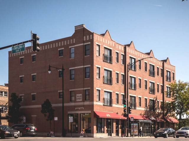 1015 S Western Avenue #4, Chicago, IL 60612 (MLS #10897074) :: BN Homes Group