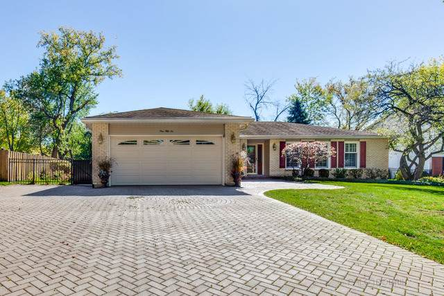156 Pond Ridge Road, Libertyville, IL 60048 (MLS #10897595) :: John Lyons Real Estate