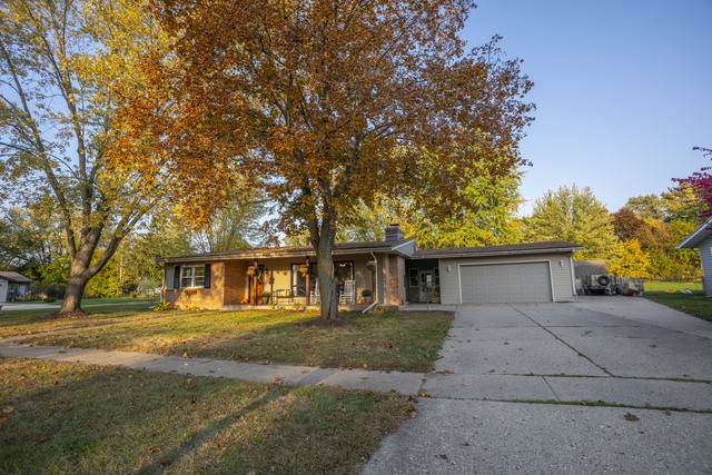 12013 July Drive, Machesney Park, IL 61115 (MLS #10902868) :: Lewke Partners