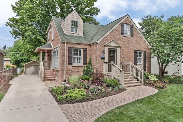4638 Franklin Avenue, Western Springs, IL 60558 (MLS #10903101) :: Lewke Partners