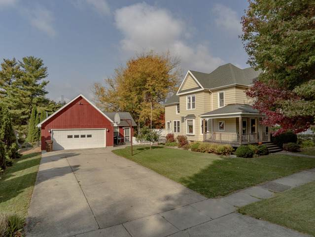 705 Paddock Avenue, Ashton, IL 61006 (MLS #10903401) :: Littlefield Group