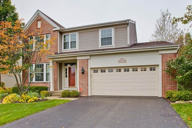 130 Lemans Drive, Wheeling, IL 60090 (MLS #10903465) :: Helen Oliveri Real Estate