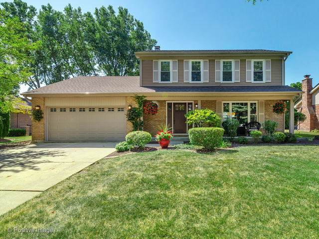 20W437 Westminster Drive, Downers Grove, IL 60516 (MLS #10903587) :: John Lyons Real Estate