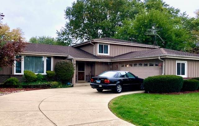 922 N Rohlwing Road, Palatine, IL 60067 (MLS #10903708) :: Schoon Family Group