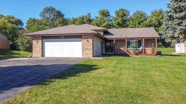 11736 Chatt Drive, Roscoe, IL 61073 (MLS #10903840) :: Property Consultants Realty