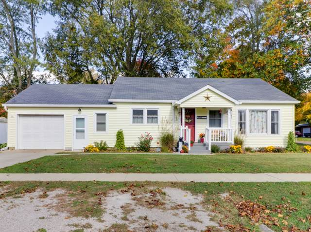 103 Madison Street, Hopedale, IL 61747 (MLS #10903852) :: Janet Jurich