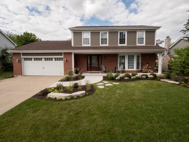 20W350 York Lane, Downers Grove, IL 60516 (MLS #10904115) :: John Lyons Real Estate