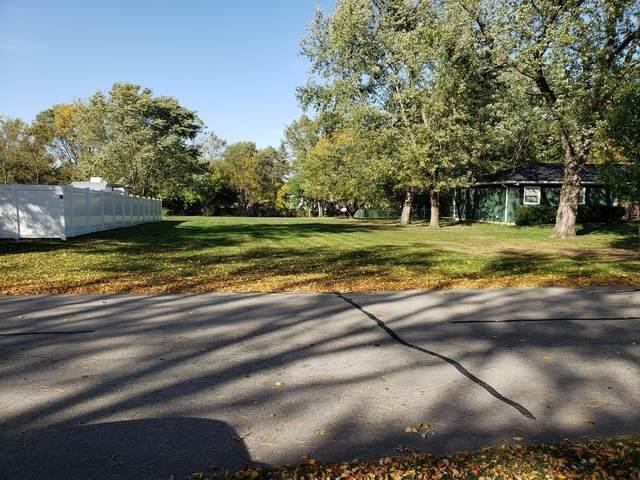 1106 E 3rd Street, Coal City, IL 60416 (MLS #10904381) :: Helen Oliveri Real Estate