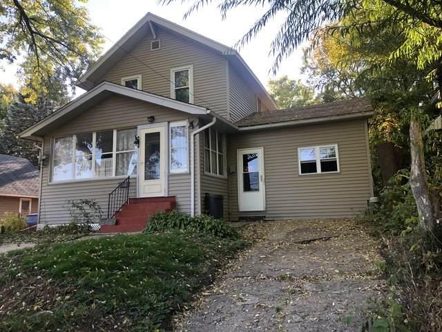 517 N 5th Street, Savanna, IL 61074 (MLS #10904688) :: BN Homes Group
