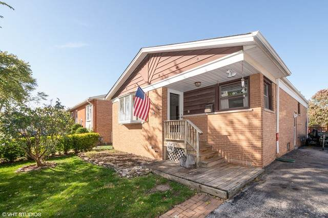 3644 W 123rd Place, Alsip, IL 60803 (MLS #10904896) :: Helen Oliveri Real Estate