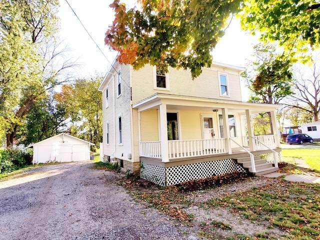 210 E Sixth Avenue, Clifton, IL 60927 (MLS #10905025) :: John Lyons Real Estate