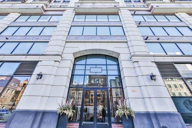 451 W Huron Street #1011, Chicago, IL 60654 (MLS #10905231) :: The Perotti Group