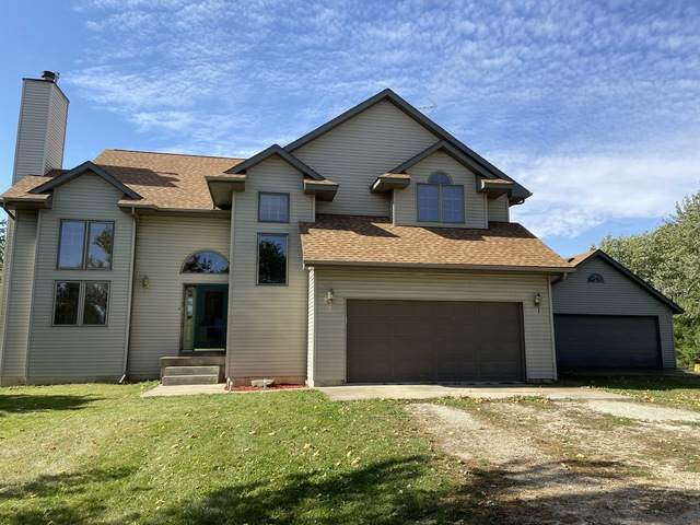 3241 E 8th Road, Utica, IL 61373 (MLS #10906261) :: Suburban Life Realty