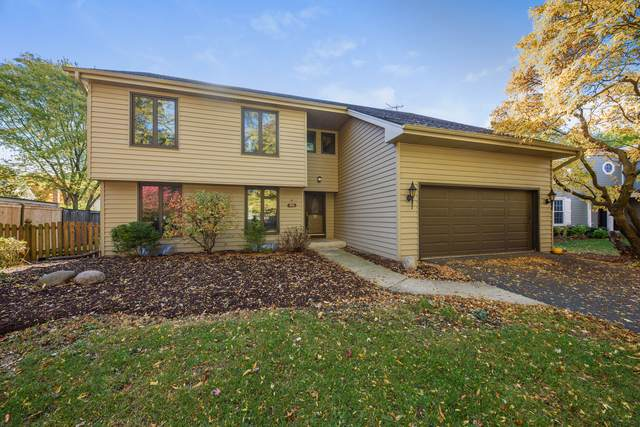 1000 Belaire Court, Naperville, IL 60563 (MLS #10906602) :: BN Homes Group