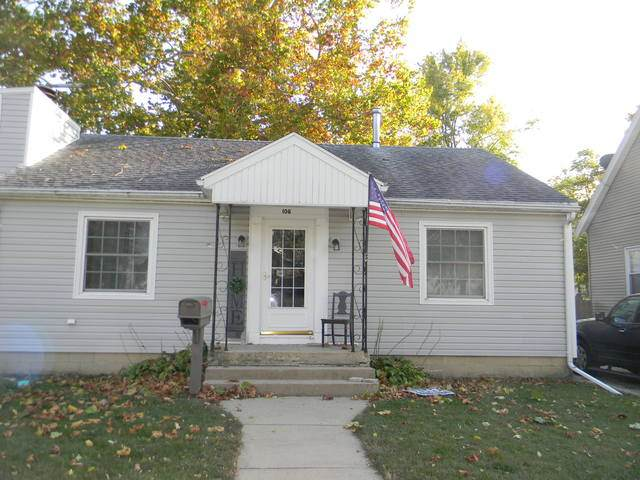 108 W Lowell Avenue, Pontiac, IL 61764 (MLS #10906858) :: Helen Oliveri Real Estate
