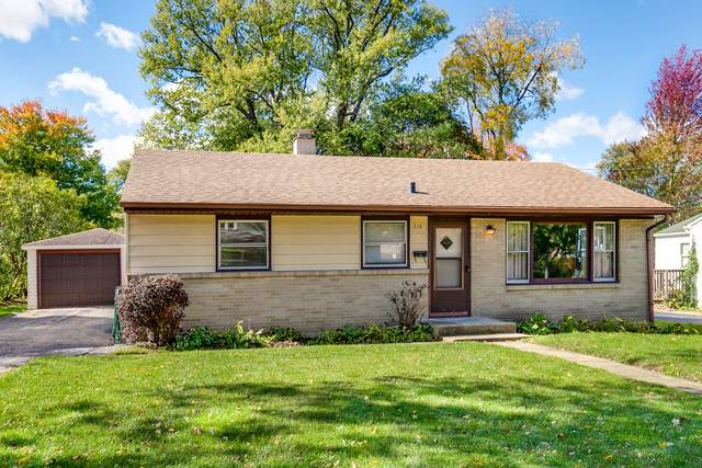 210 Second Street, Crystal Lake, IL 60014 (MLS #10907379) :: Lewke Partners