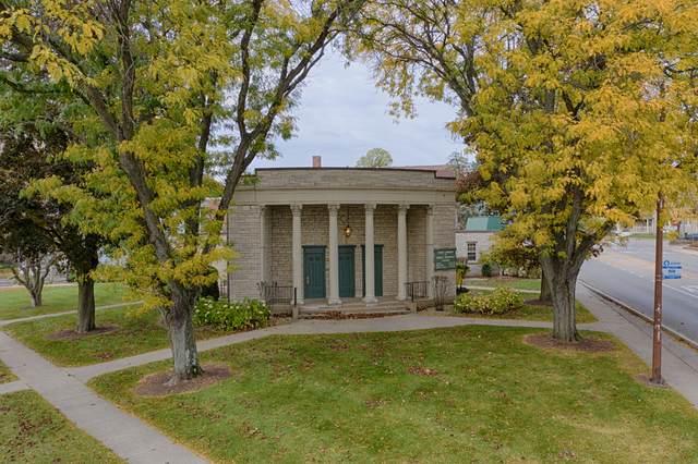 111 South Street, Woodstock, IL 60098 (MLS #10907522) :: Lewke Partners