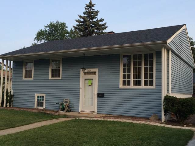2709 W Vermont Avenue, Waukegan, IL 60087 (MLS #10908484) :: Schoon Family Group