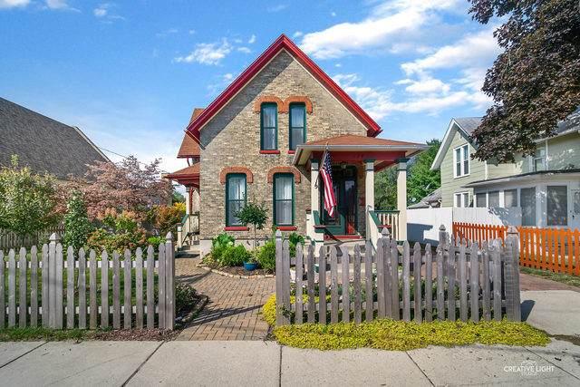 324 Griswold Street, Elgin, IL 60123 (MLS #10908622) :: Helen Oliveri Real Estate