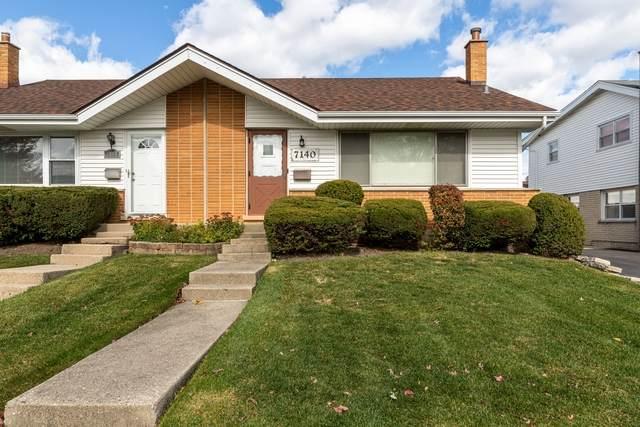 7140 W Greenleaf Street, Niles, IL 60714 (MLS #10908649) :: Helen Oliveri Real Estate