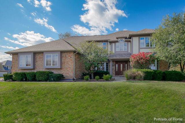 1754 S Naperville Road, Wheaton, IL 60189 (MLS #10909925) :: Littlefield Group