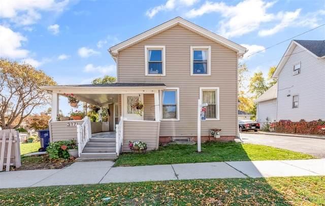 327 Plum Street, Elgin, IL 60120 (MLS #10910075) :: Helen Oliveri Real Estate