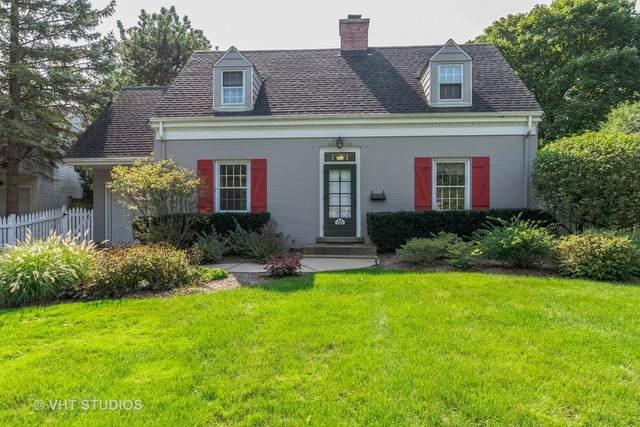 681 Highview Terrace, Lake Forest, IL 60045 (MLS #10910340) :: John Lyons Real Estate