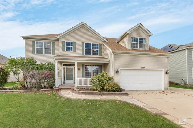 2221 Iroquois Lane, Yorkville, IL 60560 (MLS #10910485) :: Ryan Dallas Real Estate