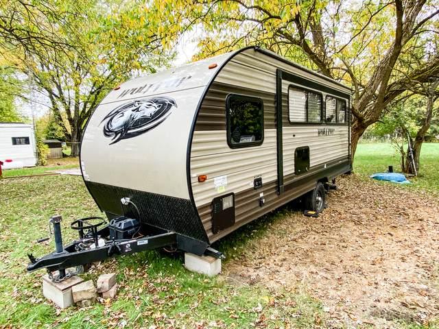 24-75 Woodhaven Drive, Sublette, IL 61367 (MLS #10910972) :: Ryan Dallas Real Estate