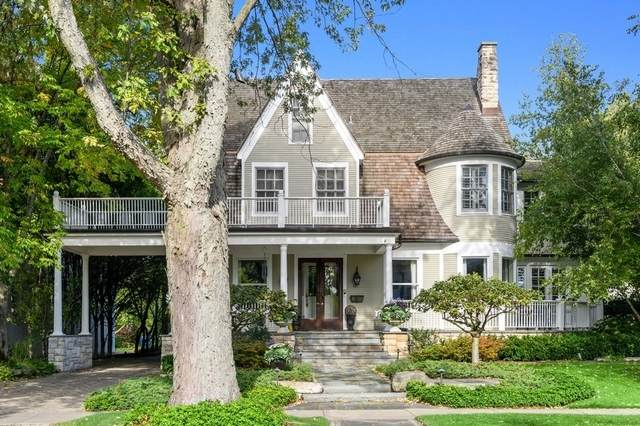 43 Kenilworth Avenue, Kenilworth, IL 60043 (MLS #10911020) :: Helen Oliveri Real Estate
