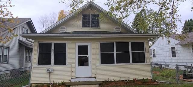 1611 Chicago Avenue, Savanna, IL 61074 (MLS #10911165) :: BN Homes Group