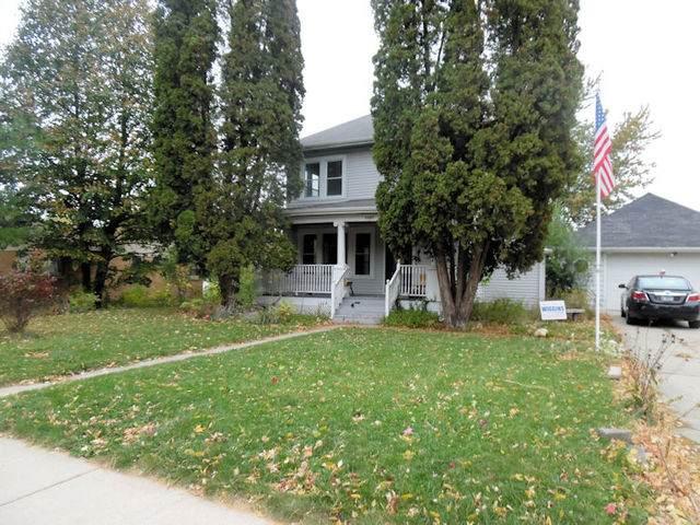 1107 10th Avenue, Rochelle, IL 61068 (MLS #10911249) :: John Lyons Real Estate