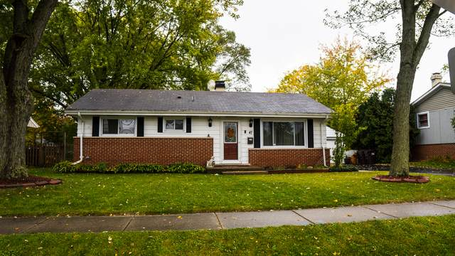 47 Miller Road, Lake Zurich, IL 60047 (MLS #10911258) :: Helen Oliveri Real Estate