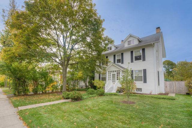 2448 Green Bay Road, Highland Park, IL 60035 (MLS #10911324) :: Property Consultants Realty