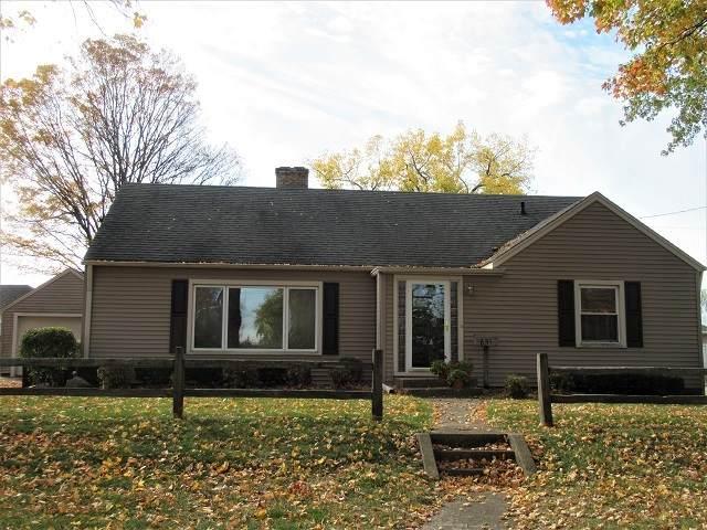 651 W Grant Highway, Marengo, IL 60152 (MLS #10911480) :: Ryan Dallas Real Estate