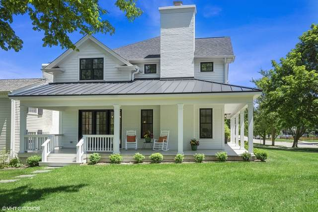 302 E Hillside Avenue, Barrington, IL 60010 (MLS #10912437) :: Helen Oliveri Real Estate