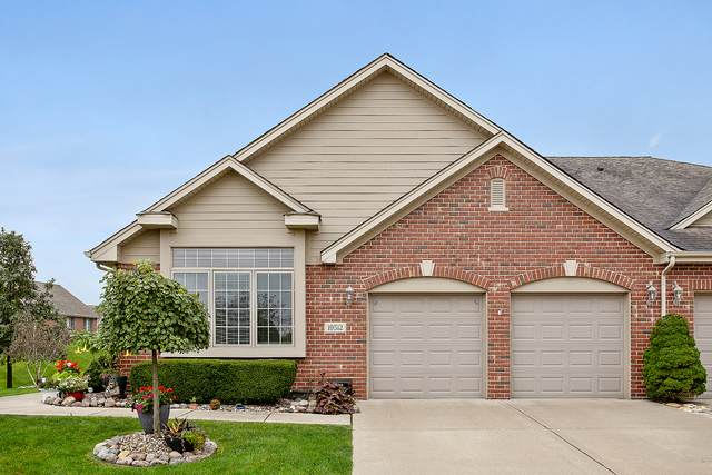 19512 Abbots Way, Mokena, IL 60448 (MLS #10912763) :: Helen Oliveri Real Estate