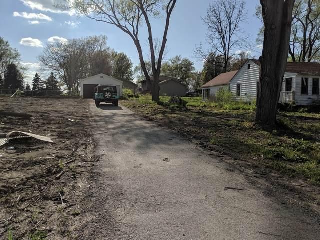 205 Cooper Road - Photo 1