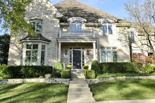504 W Hickory Street, Hinsdale, IL 60521 (MLS #10913394) :: Helen Oliveri Real Estate