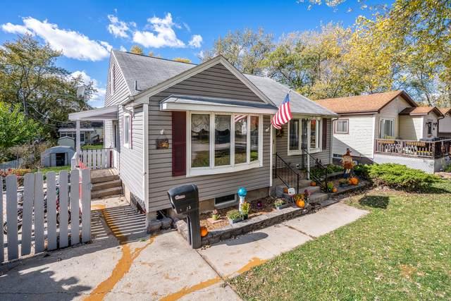 1621 Walnut Drive, Woodstock, IL 60098 (MLS #10913484) :: Helen Oliveri Real Estate