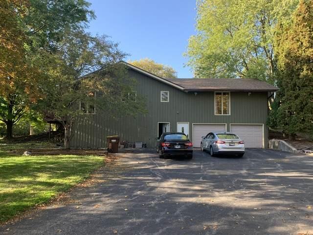 3049 Red Barn Road, Crystal Lake, IL 60012 (MLS #10913553) :: Helen Oliveri Real Estate