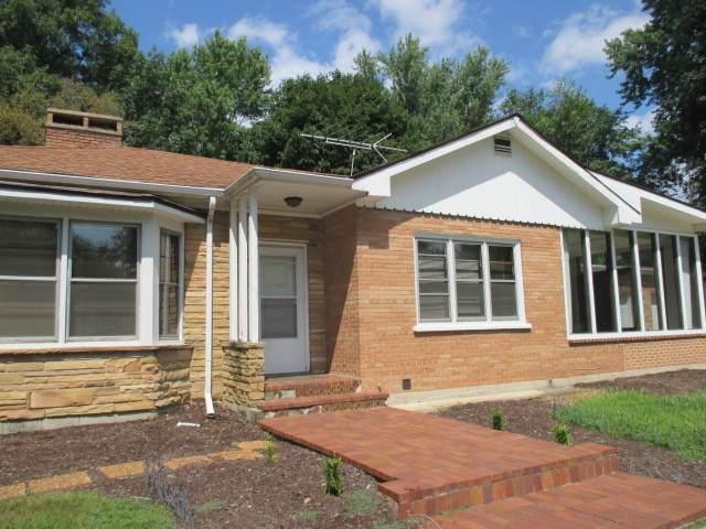 27W130 Bauer Road, Naperville, IL 60563 (MLS #10913668) :: Angela Walker Homes Real Estate Group