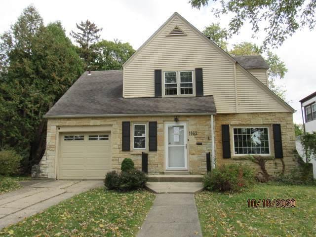 1162 S Elm Avenue, Kankakee, IL 60901 (MLS #10913691) :: Angela Walker Homes Real Estate Group